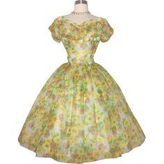 Vintage 1950s Dress//50 Full Circle Dress//Floral//Party Dress//Wedding Dress//New Look//Mod