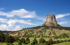 Explore Devils Tower in This Road Trip
