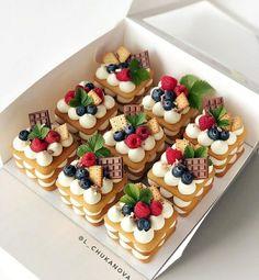 Baking Recipes, Cake Recipes, Dessert Recipes, Mini Cakes, Cupcake Cakes, Cupcakes, Number Cakes, Fancy Desserts, Gourmet Desserts
