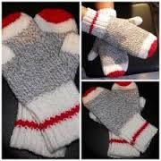 Sock Monkey Mittens pdf pattern,Afterthought thumb, true north knitting, mittens, Original DesignEnglish Only available - SOCKEN STRICKEN Loom Knitting, Knitting Socks, Knitting Patterns Free, Free Knitting, Crochet Patterns, Knitted Gloves, Fingerless Gloves, Gilet Crochet, Knit Crochet