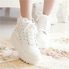 Fashion Boots, Sneakers Fashion, Korean Shoes, Salopette Jeans, Kawaii Shoes, Aesthetic Shoes, Shoes World, Fresh Shoes, Sneaker Heels