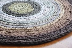 Image of: Contemporary Round Area Rugs