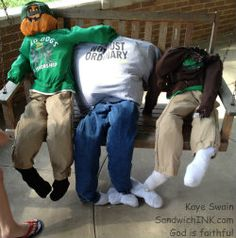 Easy Scarecrow Fun For Busy Grandparents and Grandchildren - SandwichINK for the Sandwich Generation Easy Fall Crafts, Fall Crafts For Kids, Scarecrows, Grandparents, Grandchildren, Business, Cute, Autumn Crafts Kids, Grandmothers