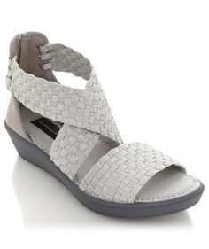 This @stevemadden wedge is the perfect spring neutral...not to mention super comfy. @colleenlopezhsn says you need this in your spring wardrobe!