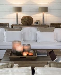 2016 Trends for Spring | Spring Decor | Spring Living Room Ideas | Spring Inspirations | Spring Interiors | For more inspirational ideas take a look at: www.bocadolobo.com