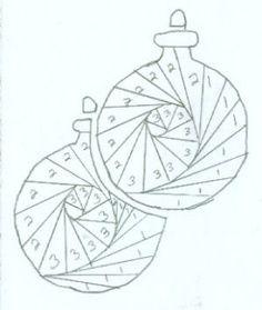 Iris Folding Templates & Inspirations - Aga Piechocińska - Picasa Web Albums Plus Iris Folding Templates, Iris Paper Folding, Iris Folding Pattern, Paper Pieced Quilt Patterns, Card Patterns, Paper Cards, Folded Cards, Pliage D'iris, Quilted Christmas Ornaments