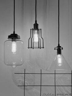 Industriële draadlamp Riga met grote opvallende gloeilamp