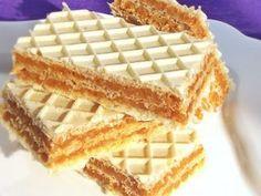 Karamel oblatne – Recepti sa slikama – Sve na jednom mjestu Chef Recipes, Sweets Recipes, Cookbook Recipes, Cooking Recipes, Romanian Desserts, Romanian Food, Good Food, Yummy Food, Wafer Cookies