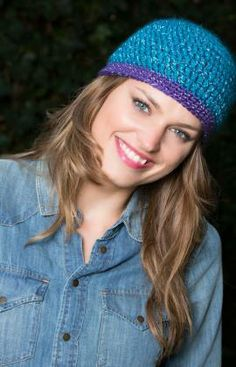 Ladies Spotlight Hat Free Crochet Pattern from Red Heart Yarns