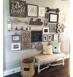 Evinizin giriş koridorunda geniş boş bir duvarınız varsa farklı boyutta ahşap çerçeve ve dekoratif ...