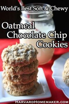World's Best Soft & Chewy Oatmeal Chocolate Chip Cookies. These are awesome - my family's favorite!! #cookies #oatmeal #cookierecipe #harvardhomemaker