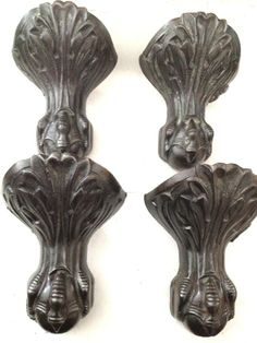 ***This set have already been lacquered and are ready to go on.  As the outside of my tub will be black, these would look alright probably, but they have a different look about them.  Maybe cause they are clean... LOL***   ONE SET 4 ANTIQUE REFURBISHED  CAST IRON VICTORIAN CLAW FEET & BALL BATHTUB LEGS