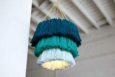 Craft a Trendy Tassel Chandelier – diy decoration Yarn Chandelier, Chandeliers, Chandelier Lighting, Diy Tassel, Tassels, Diy Light Fixtures, Crochet Motifs, Idee Diy, Luminaire Design