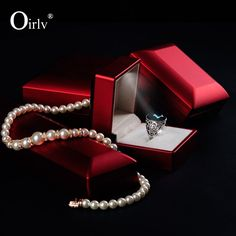Oirlv luxury red color lacquered jewelry box LED light jewelry box ring pendant bracelet chain holder wedding box for jewelry