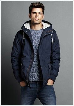 Having a #jacket with wool on the collar can serve as a scarf as well.