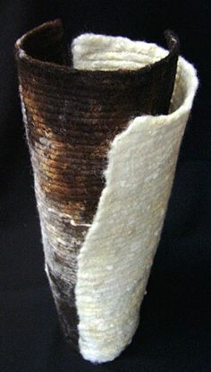 Love this..earthy tones and shape http://www.edge-textileartists-scotland.com/gallery/awilliams/awilliams1.jpg