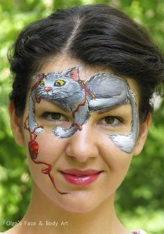Face art on pinterest crazy faces crazy makeup and face for Crazy mural lady