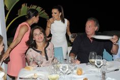 Eva Longoria in Folli Follie cross bracelet!