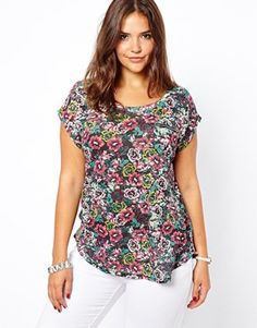 New Look Inspire Digital Floral Print Zip Pocket T-Shirt