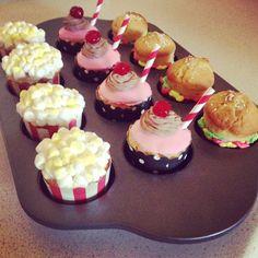 Popcorn, sundae & hamburger cupcakes!