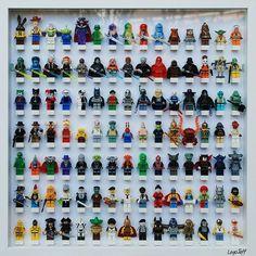 tableau de figurines legos