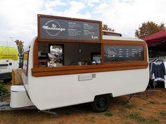 La Catusa Caravan Bar - Food truck experience More Coffee Carts, Coffee Truck, Milk Shakes, Foodtrucks Ideas, Mobile Cafe, Mobile Shop, Coffee Trailer, Caravan Bar, Coffee Van