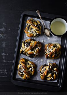 Rolnice sa makom / Poppy seed rolls with lemon glaze