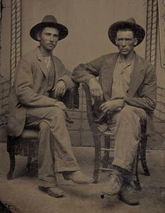 OLD WEST ANTIQUE TINTYPE PHOTO SEATED YOUNG MEN COWBOYS w/ WESTERN COWBOY HATS