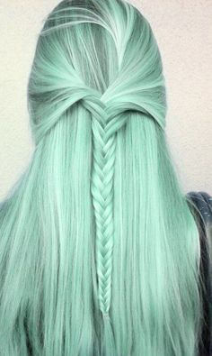 Green Bleached Hair with Braids now i just need to learn how to fishtail braid Más Ombré Hair, Dye My Hair, Pretty Hairstyles, Braided Hairstyles, Hairstyle Braid, Fashion Hairstyles, Dreadlock Hairstyles, Hair Updo, Hair Cute