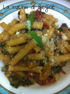 #Sedani rigati alla contadina# La cucina di Reginé Italian Pasta, Italian Dishes, Italian Recipes, Pasta Company, Pasta Sauce Recipes, Fat Burning Foods, Pasta Dishes, Food And Drink, Stuffed Peppers