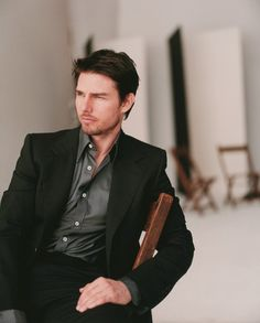 Love me some Tom Cruise! Mary Tea via Regina Pereira onto Men's Clothes Most Beautiful Man, Gorgeous Men, Beautiful People, Tom Cruise Hot, Christopher Mcquarrie, Headshot Poses, Movies And Series, Hollywood Men, Mission Impossible