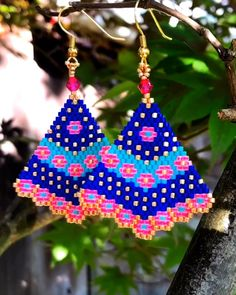 free seed bead patterns and instructions Beaded Earrings Patterns, Bead Loom Patterns, Beading Patterns, Beaded Bracelets, Seed Bead Tutorials, Beading Tutorials, Brick Stitch Earrings, Seed Bead Earrings, Hoop Earrings