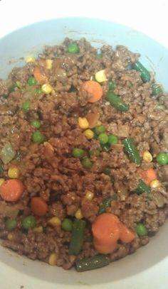 Shepherd's Pie Recipe Pie Recipes, Casserole Recipes, Great Recipes, Cooking Recipes, Drink Recipes, Easy Recipes, Favorite Recipes, Southern Chicken Salads, Ground Meat Recipes