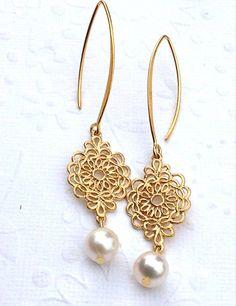 Long bridal Gold earrings with AAA freshwater by 2010louisek7, $38.00