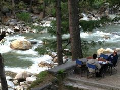 Breakfast at out stay ; Alpine Lodge #kasol #parvativalley #discoverindia