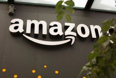 The corporate and tech roles will have an average salary of $150,000 including salary, stock-based compensation and benefits. Amazon Kindle, Amazon Delivery, General Counsel, Job Opening, Wall Street Journal, Dinners For Kids, Home Jobs, Amazon Gifts, E Commerce
