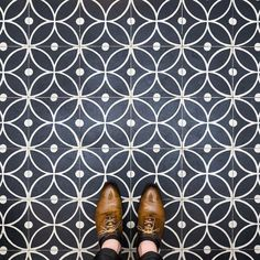 Barcelona Floors Photographer Inspires Us To Look Down And Discover Citys Culture Bored Panda Floor Patterns, Tile Patterns, Textures Patterns, Floor Design, Tile Design, Wc Decoration, Barcelona, Modern Flooring, House Tiles