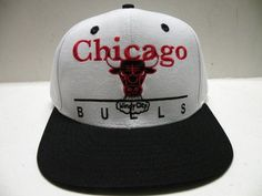 NBA Chicago Bulls Block Script White 2 Tone Retro Snapback Cap