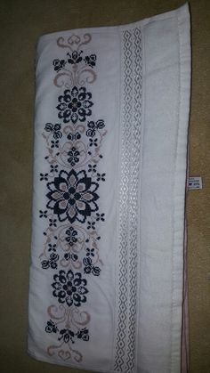Floral Tie, Cross Stitch, Patterns, Decor, Punto Croce, Throw Pillows, Everything, Driveways, Crossstitch