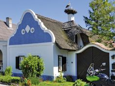 Apetlon, Burgenland, Austria Vienna Woods, Bavaria, Budapest, Austria, Places To Go, Mansions, Country, House Styles, City