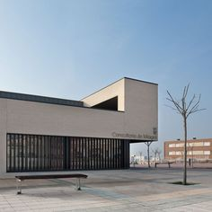Medical Centre in Milagro, Navarra, Spain by Doblee Architects