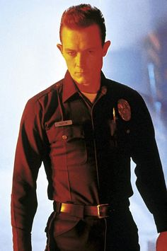 Robert Patrick for the hero or villain. He's worked with Sylvester Stallone, Arnold Schwarzenegger, Harrison Ford and Bruce Willis before. Terminator 1984, Terminator Movies, Sci Fi Movies, Movie Tv, Fantasy Movies, King Kong, Kyle Reese, Best Villains, Sci Fi Horror