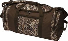 Shop hunting backpacks online and be ready whenever the wild calls. Academy's hunting packs let you fit all your hunting gear in one ready-to-go bag. Waterfowl Hunting, Duck Hunting, Hunting Gear, Hunting Stuff, Hunting Jackets, Hunting Clothes, Burton Backpack, Hunting Season, Trading Company