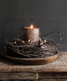 Wilgen krans I love this- its so simple . - Wilgen krans I love this- its so simple and beautiful – - Primitive Christmas, Rustic Christmas, Christmas Time, Christmas Wreaths, Christmas Crafts, Christmas Decorations, Xmas, Christmas Candles, Primitive Decor