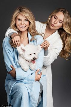 They could be sisters! Age defying cover girl Christie Brinkley, 61, looks incredible as s...