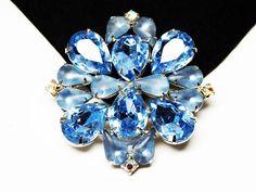 Vintage Blue Rhinestone Brooch  Blue Faceted Crystal Glass