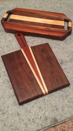 Walnut Mahogany and Maple cutting boards. Cheese Cutting Board, Diy Cutting Board, Wood Cutting Boards, Woodworking Projects Plans, Woodworking Shop, Diy Wood Projects, Wood Crafts, Wooden Chopping Boards, Wood Tray