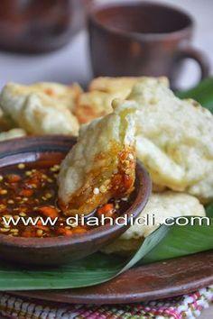 Diah Didi's Kitchen: Tahu Pletok Tofu Recipes, Asian Recipes, Snack Recipes, Cooking Recipes, Indonesian Desserts, Indonesian Cuisine, Indonesian Recipes, Savory Snacks, Yummy Snacks