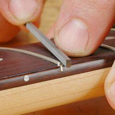 Fret End Dressing File Les Paul, Easy Guitar Chords, Guitar Lessons For Beginners, Guitar Neck, Guitar Body, Guitar Art, Learn To Play Guitar, Cigar Box Guitar, Guitar Building