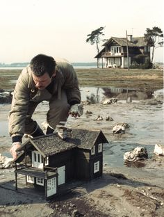 """""""Poetry is an awareness of the world, a particular way of relating to reality.""""  ― Andrei Tarkovsky, Sculpting in Time"""